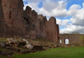 Fotografie Goodrich Castle on a clear and sunny day