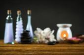 Koncept aromaterapii. Svíčky, organický prostředek pro relaxaci.