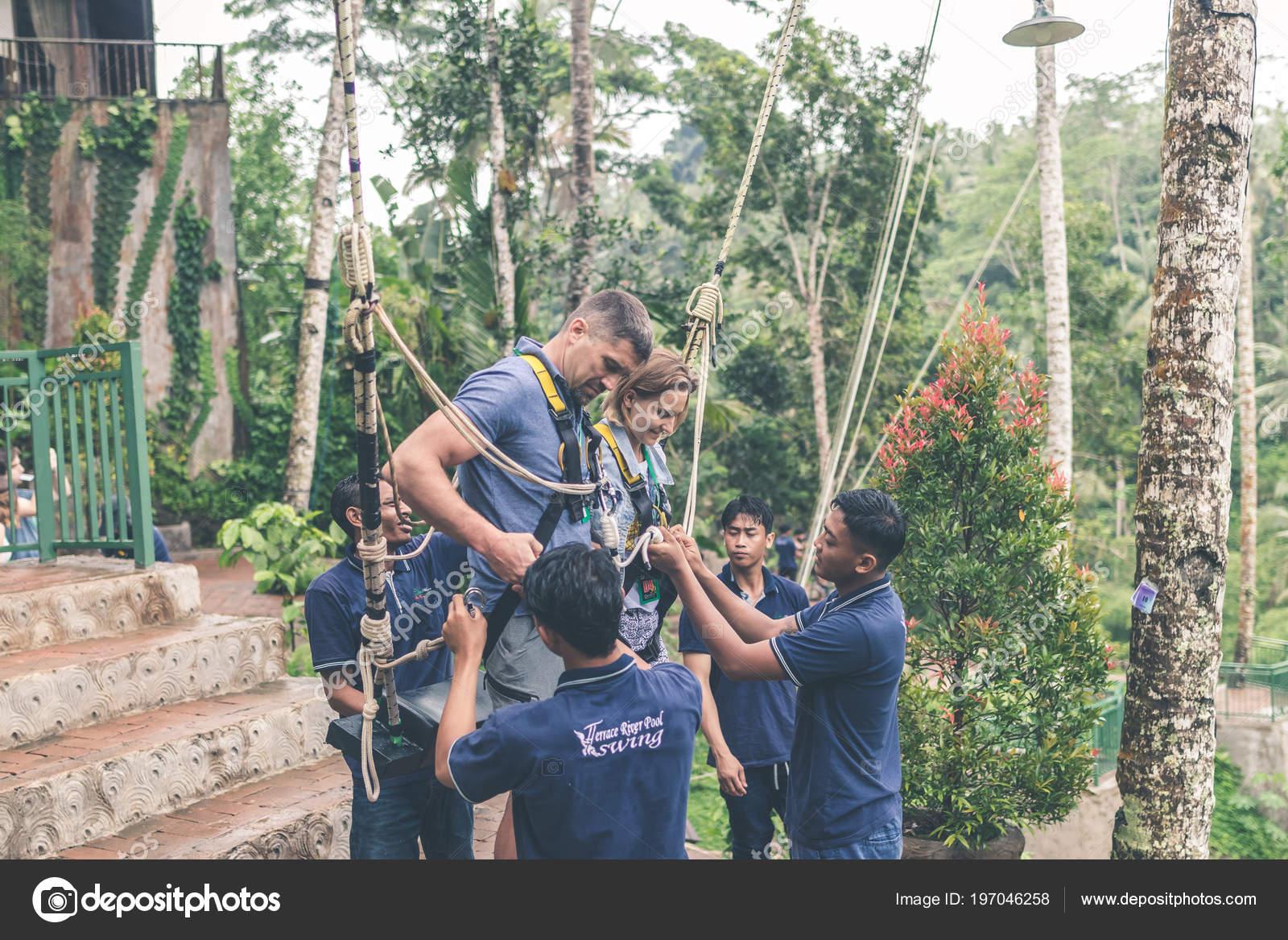 swinging-couples-indonesia