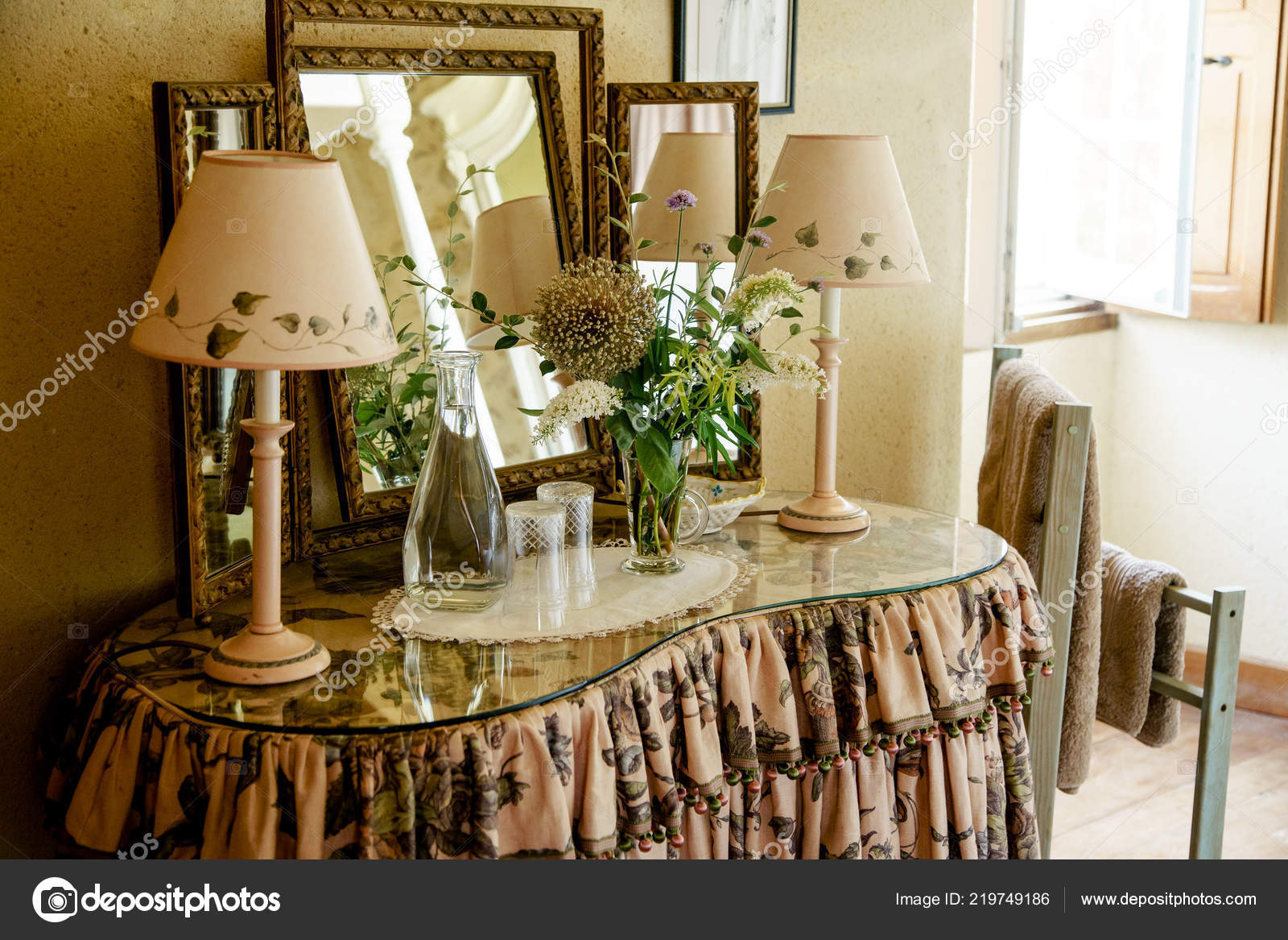 Poitiers France August 2018 Dressing Table French Chateau ...