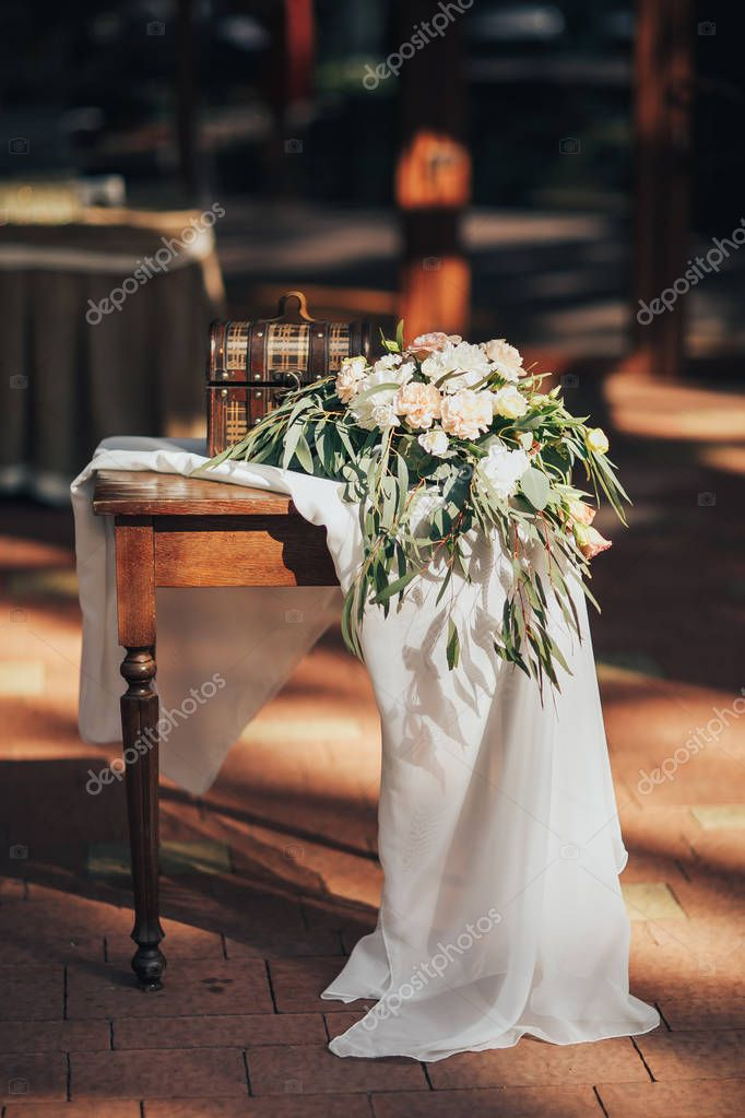 Wedding decor. Wooden plaque with the inscription Wedding. Wedding decorations