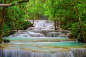 Huay Mae Khamin vízesés. Természeti táj Kanchanaburi dist