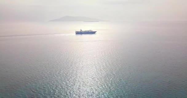 Letecký pohled na Apollónův chrám (Hill Kolona) na ostrově Aegina, Řecko