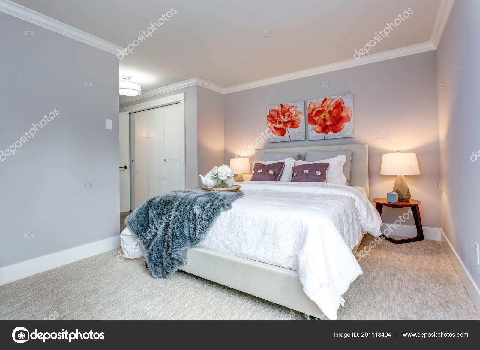 Letti Matrimoniali Di Lusso : Camera letto appartamento lusso con letto matrimoniale armadio