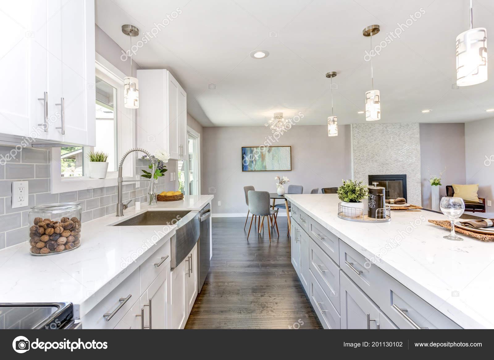 Gorgeous Kitchen Open Concept Floorplan White Cabinets Huge Island ...