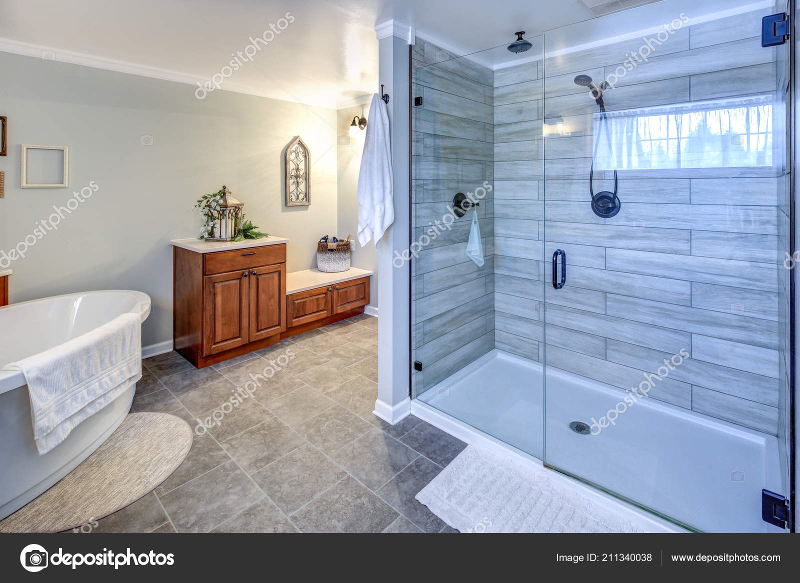 Amazing Master Bathroom Interior Glass, Pictures Of Master Bathrooms With Walk In Showers
