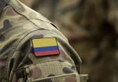 Fotografie Flagge Kolumbiens auf Militäruniform (Collage).