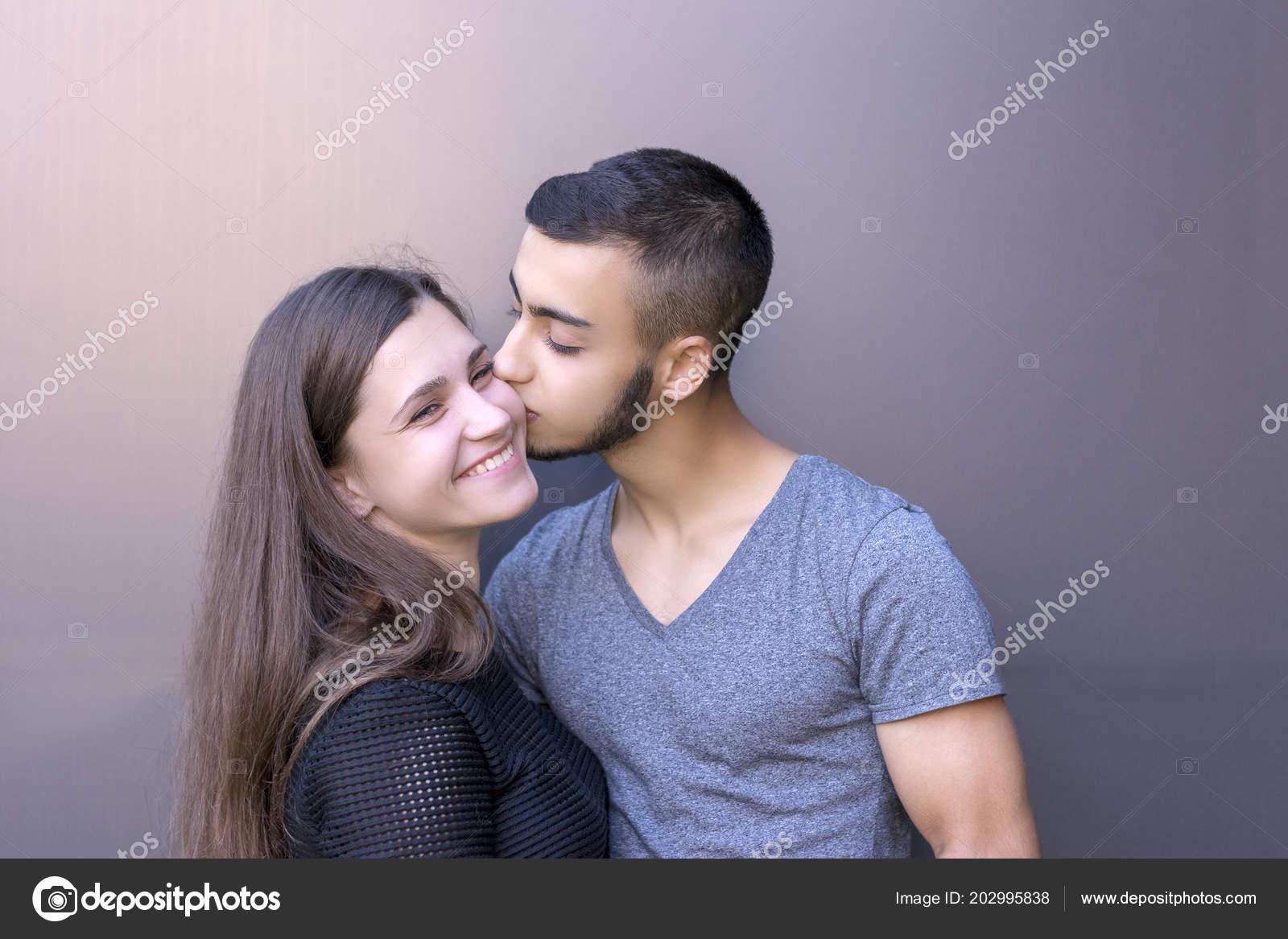 niet genoeg tijd doorbrengen samen dating Dating café erfahrungsberichte