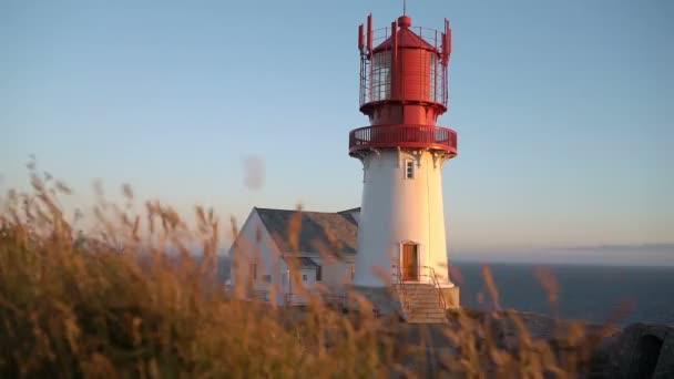 Starý maják Lindesnes, Lindesnes fyr je pobřežní maják se nachází na nejjižnějším bodem Norska.