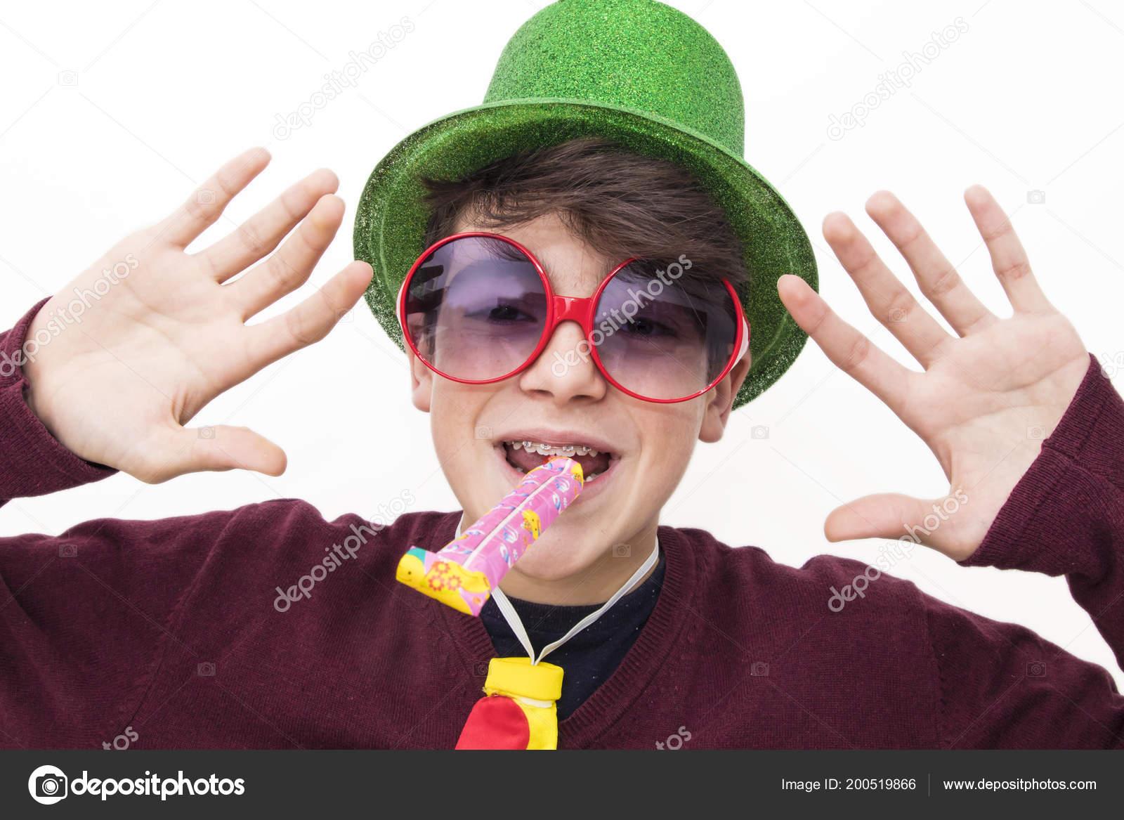 adolescent comme pics JO invité pipe