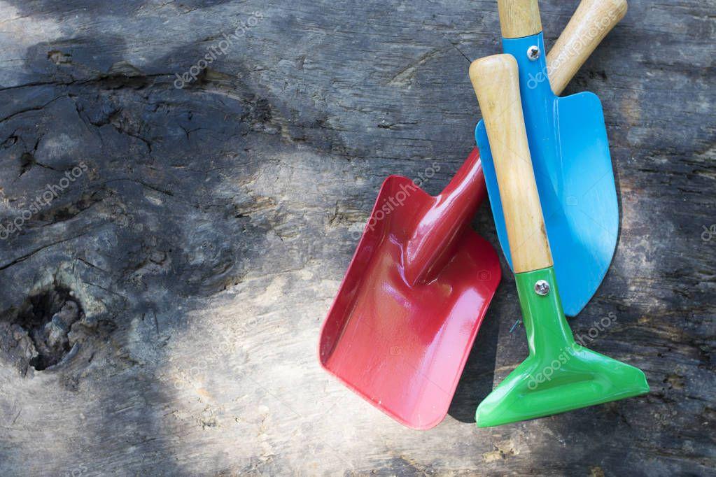 tools and gardening utensils