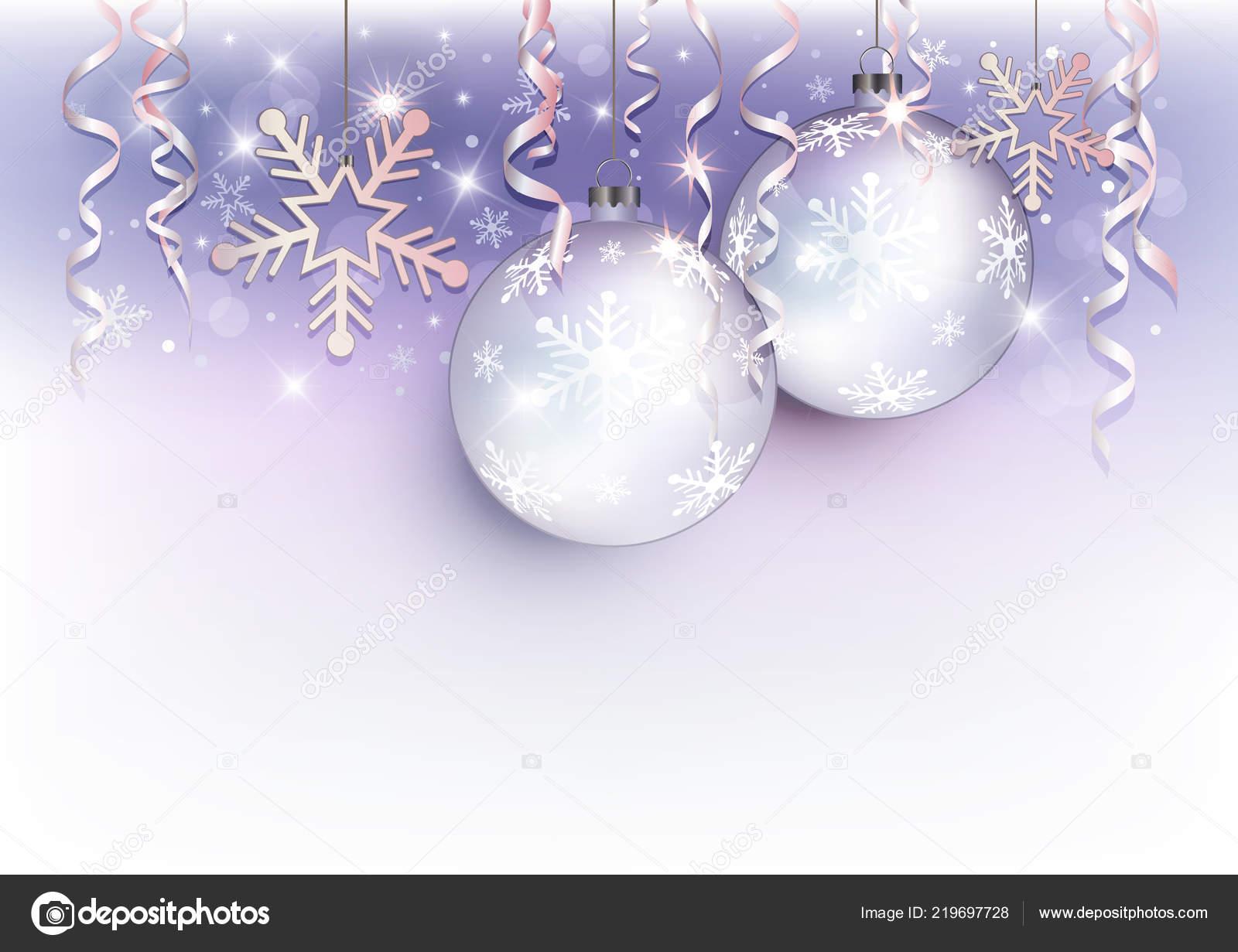 Weihnachtskugeln Weiß Silber.Weihnachtskugeln Und Snow Flake Hintergrund Violett Weiß Silber