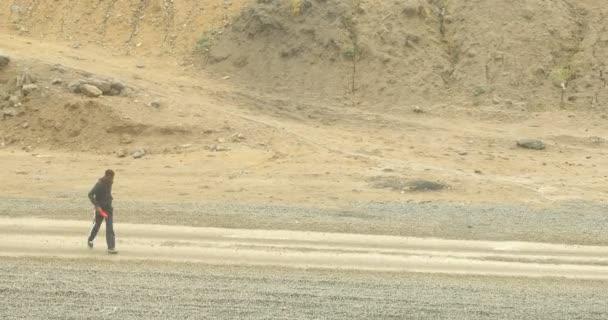 Poškozená textura venkovské silnice