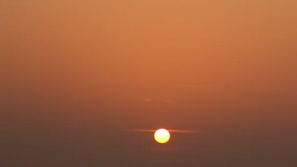 Krásná letní západ slunce venkovské oblasti