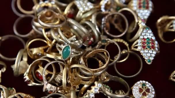Gold Rings Macro shot