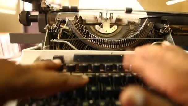 Vintage kézikönyv írógép közelkép