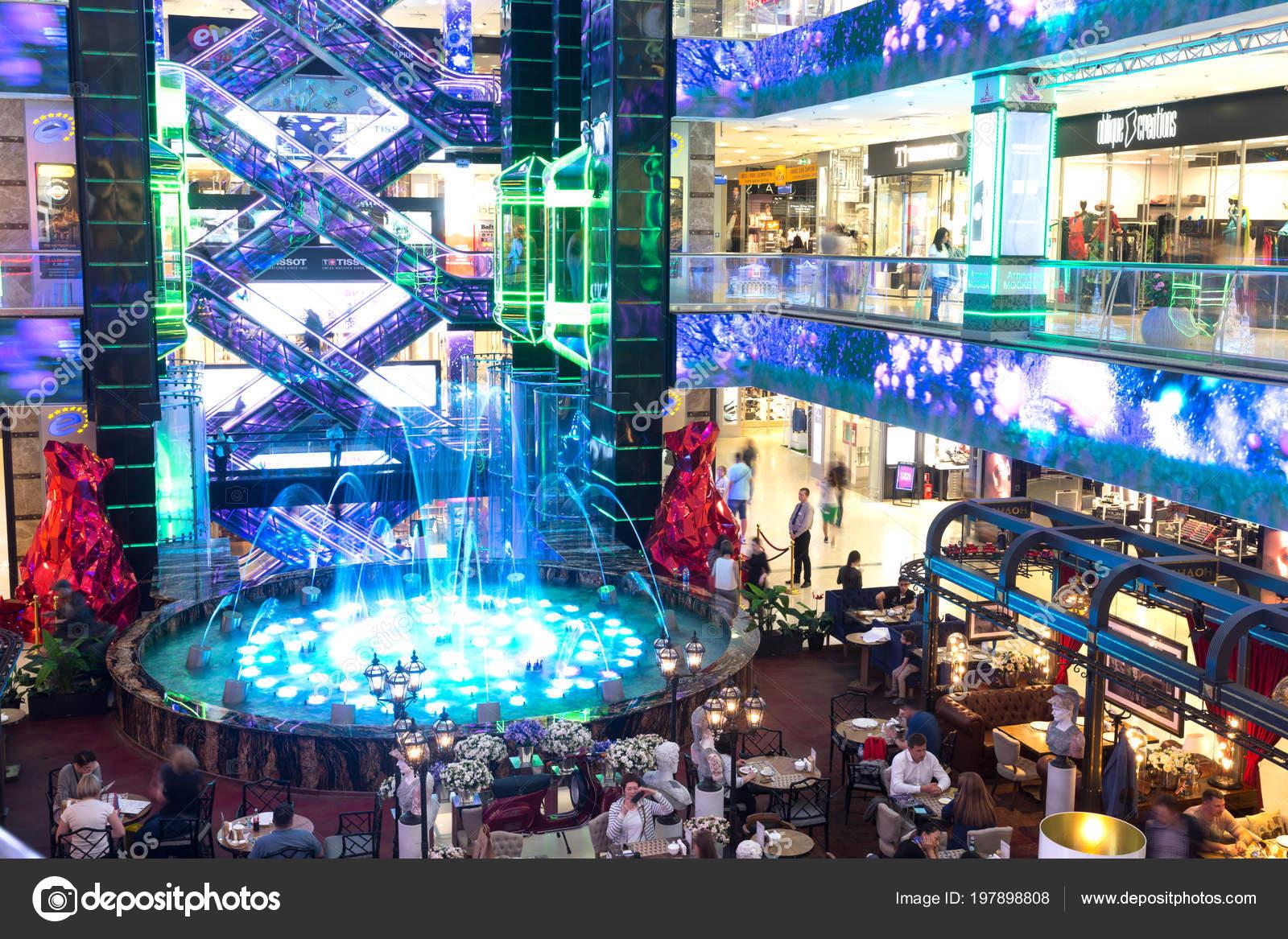 Европейский Торговый центр Mall, 16 мая 2018 года в Москве, Россия — Фото  автора Alexandre17 71ceabca2bd