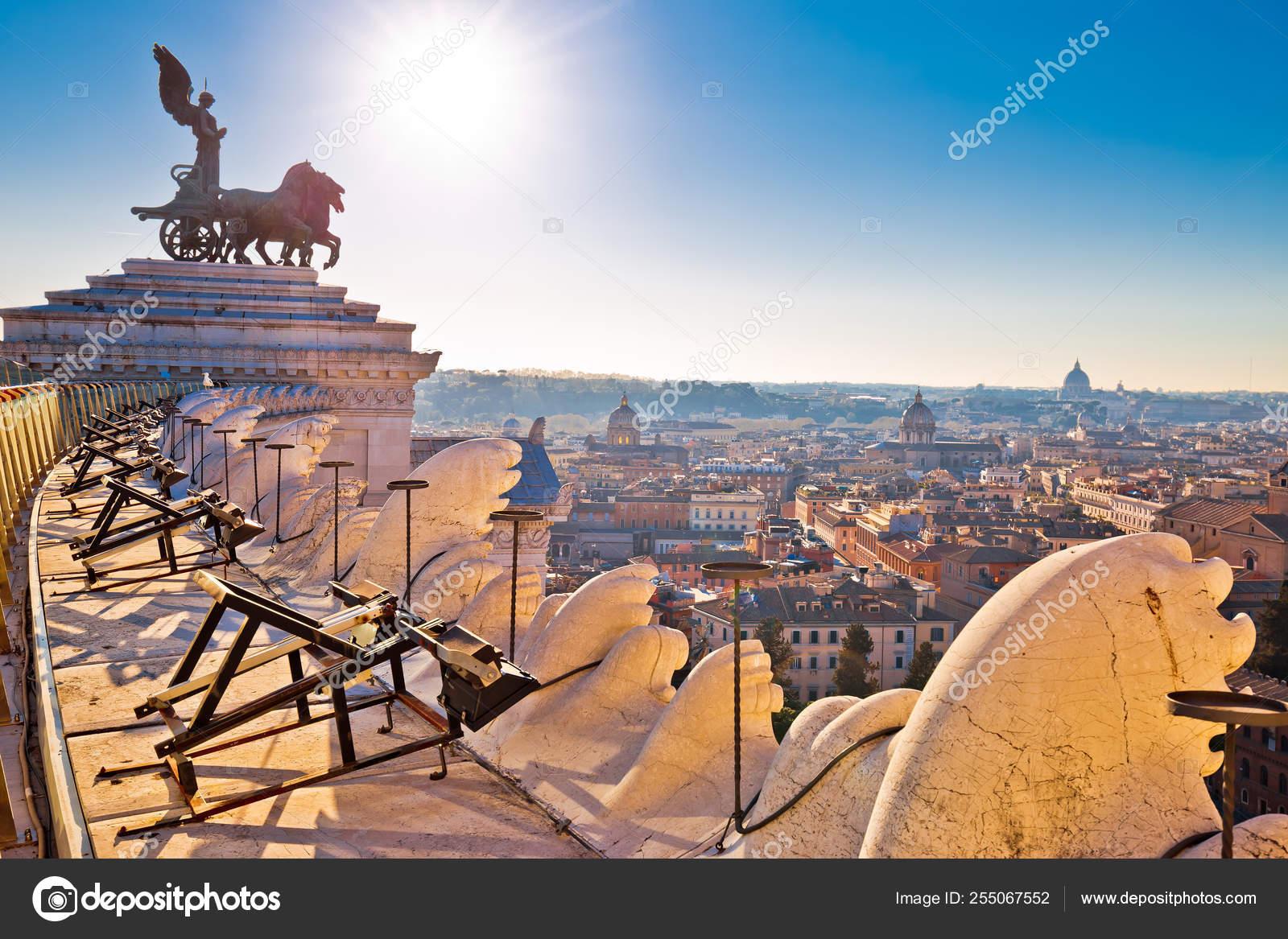 Vista Eterna Della Città Di Roma Da Terrazza Delle Quadrighe