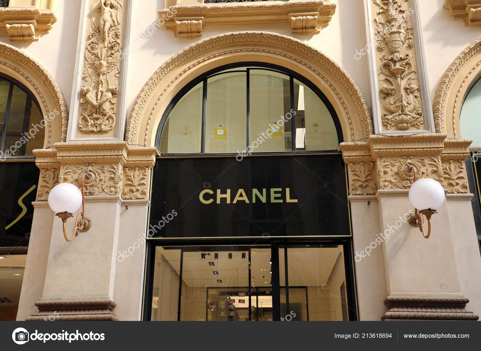 Milan Italy September 2018 Facade Chanel Store Galleria Vittorio