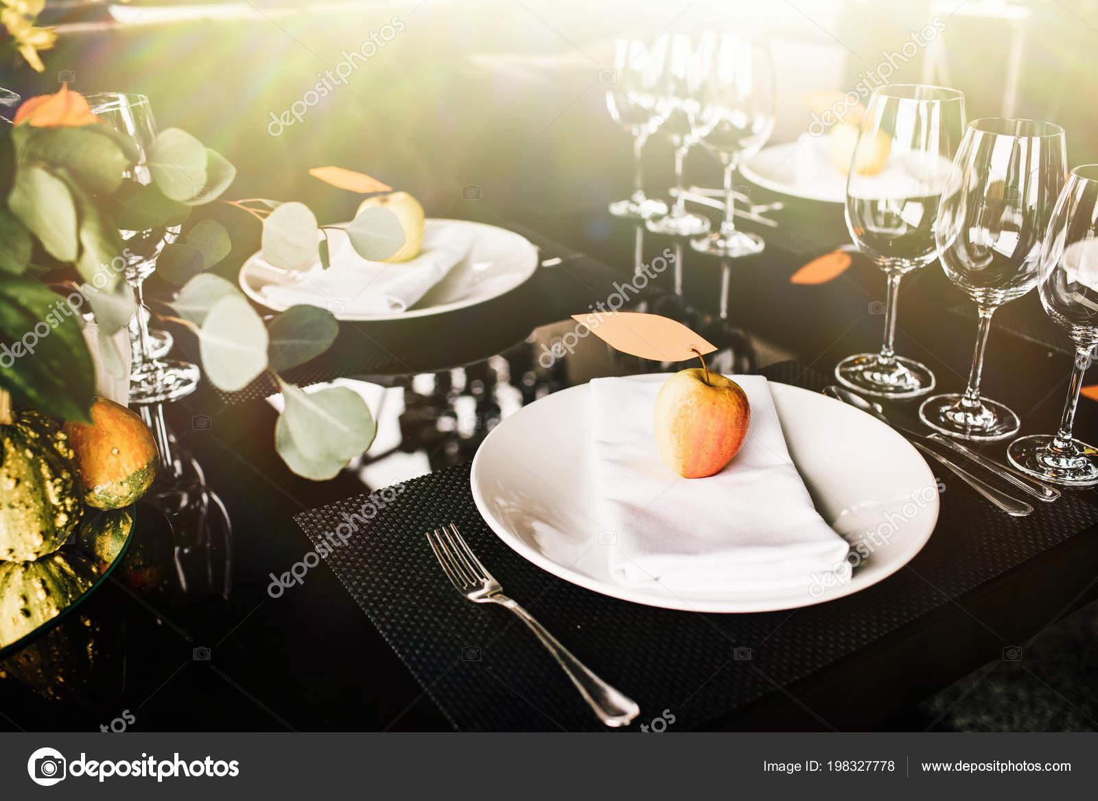Fancy Table Setting Wine Glasses Elegant Restaurant Stock Photo C Vaksmanv101 198327778