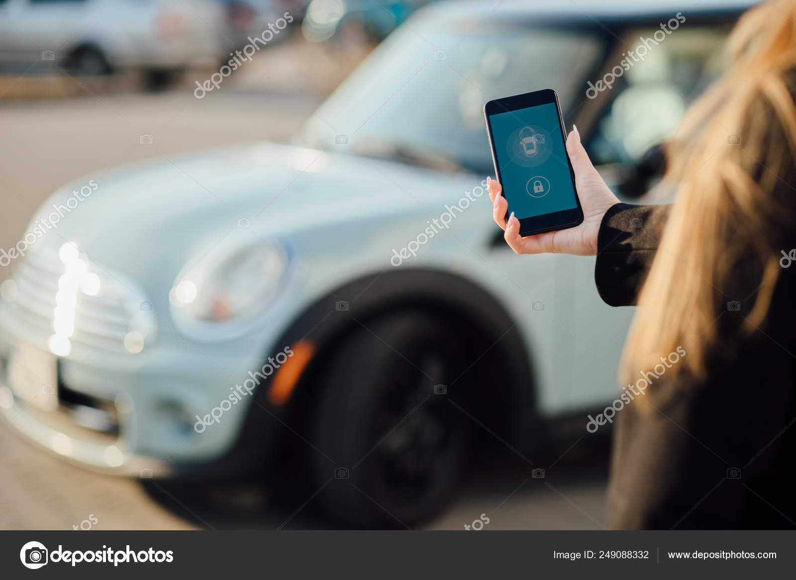 Business Woman Car Woman Using Smartphone Car Mobile Phone Apps Stock Editorial Photo C Vaksmanv101 249088332