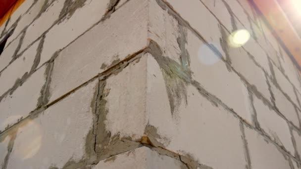 Cihlové stěny pro bytové výstavby. Stavba domu od bloky a cihly. Betonové Bloky