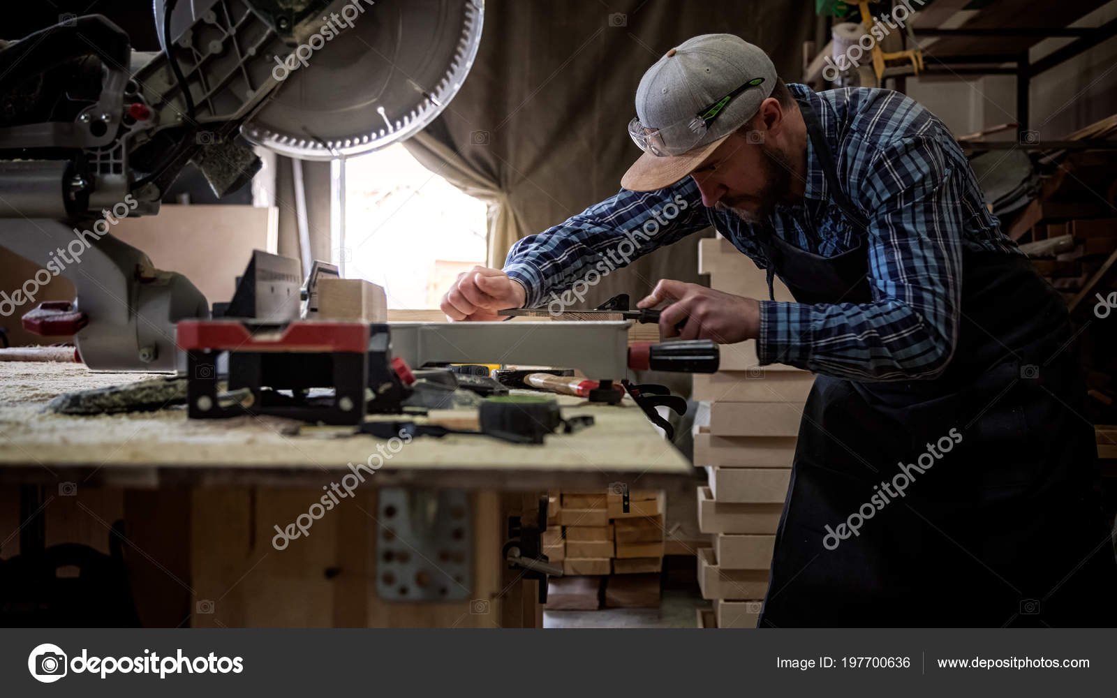 Experienced Carpenter Work Clothes Small Buiness Owner