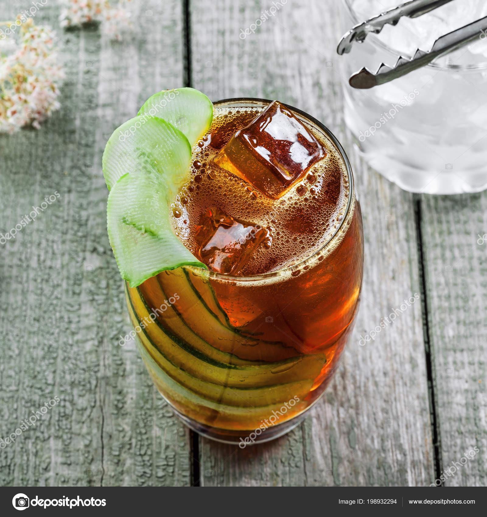 Alkoholischen Cocktail Kreuzberger Schraube Einem Glas Cola Wodka ...