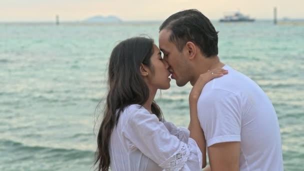 darmowe randki w Pattaya snl 24-godzinną energię na randki z aktorką