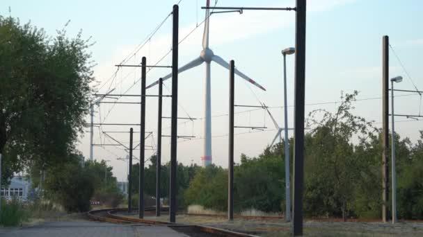 Ökostrom. Windräder zur Stromerzeugung.