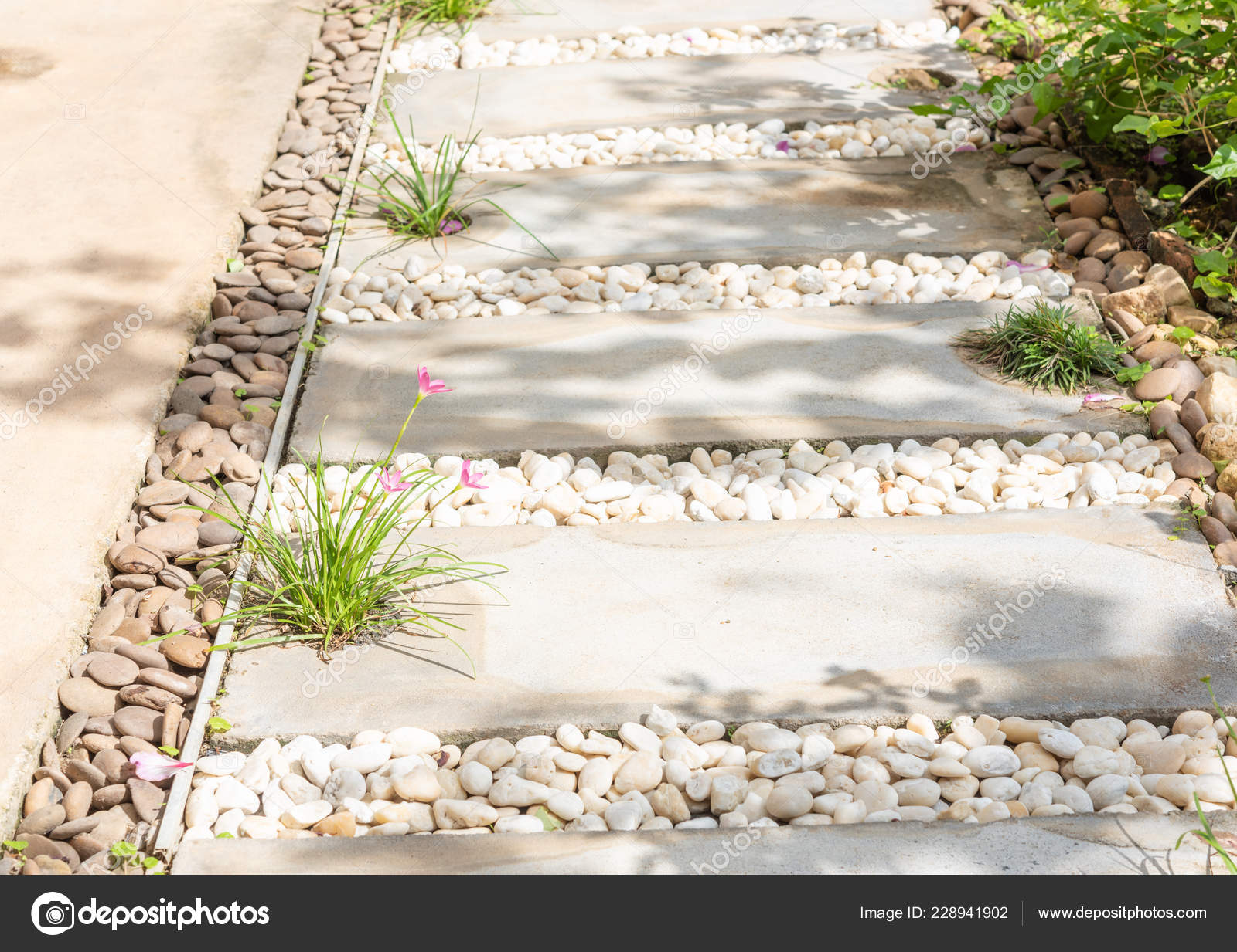 Landscape Modern Simple Stone Pathway Garden Decoration White Brown