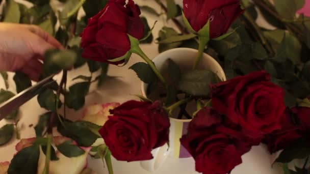 collect a bouquet of real flowers of red roses
