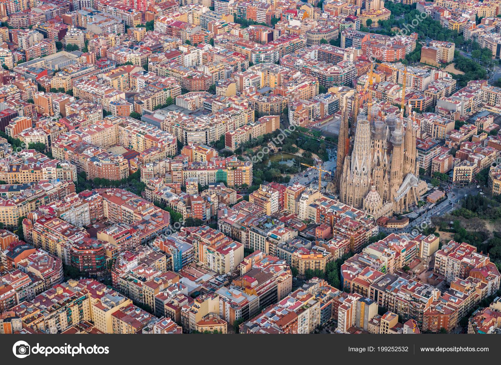 Áˆ Barselona Vid Sverhu Foto Fotografii Barselona Sverhu Skachat Na Depositphotos