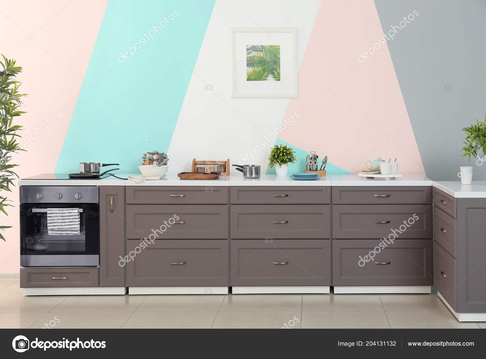 Muebles Cocina Fondo Pared Color — Foto de stock © belchonock #204131132