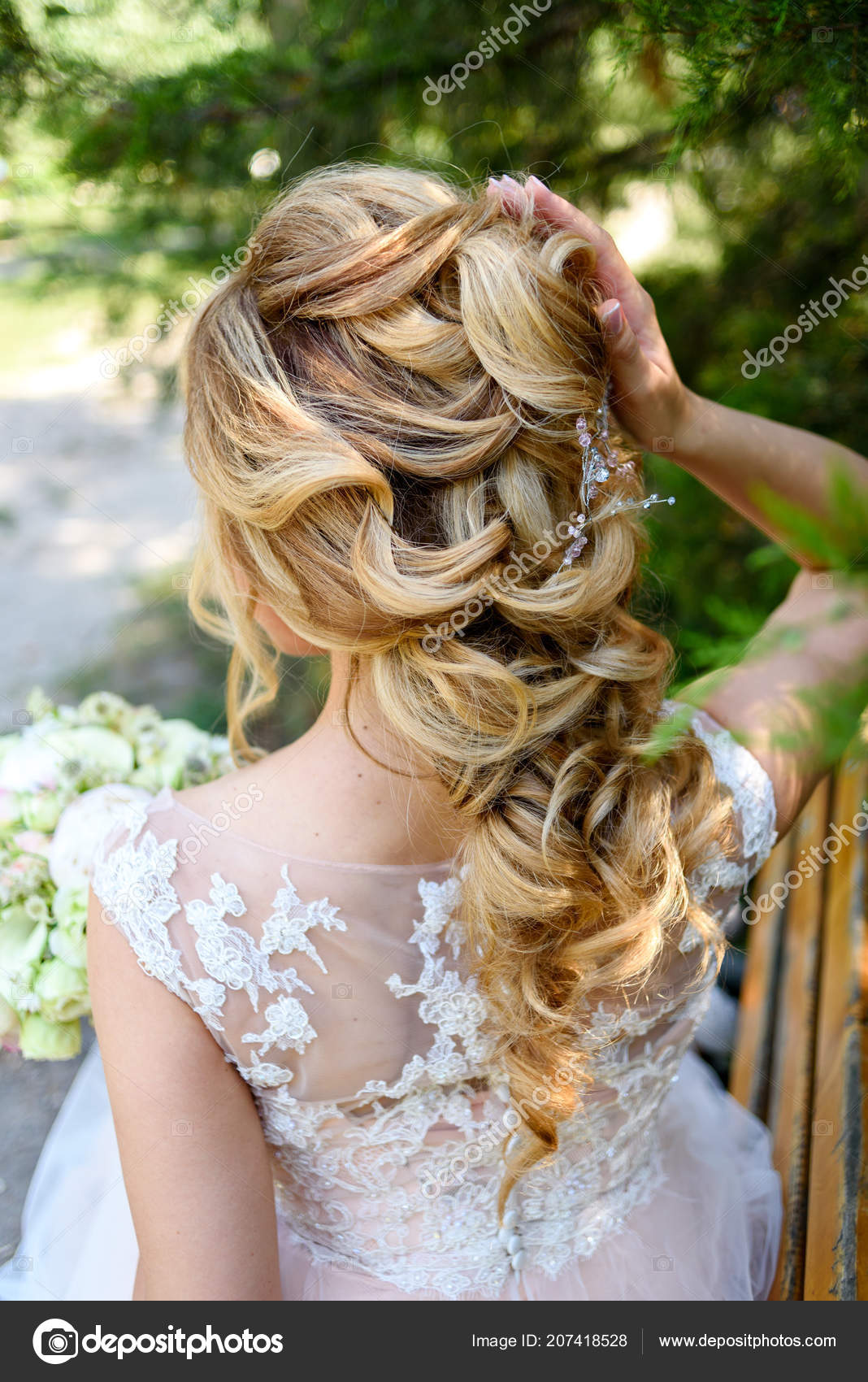 Beautiful Bride Fashion Wedding Hairstyle Jewelry Back View Blond
