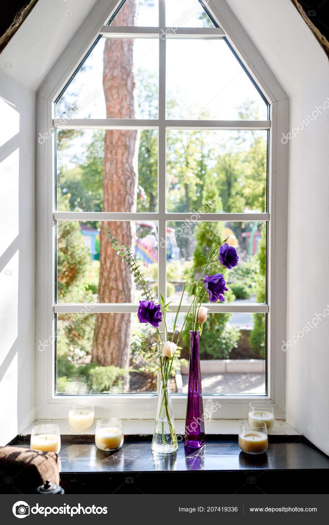świeżych Róż Ogrodowych Eustoma Fioletowa Wazony Szklane