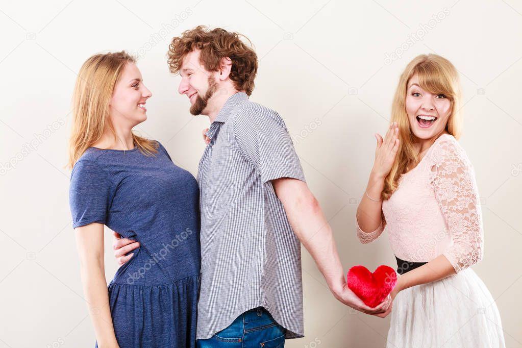 Sex oglasi pula kontakt. grupno jebanje. pbz središće