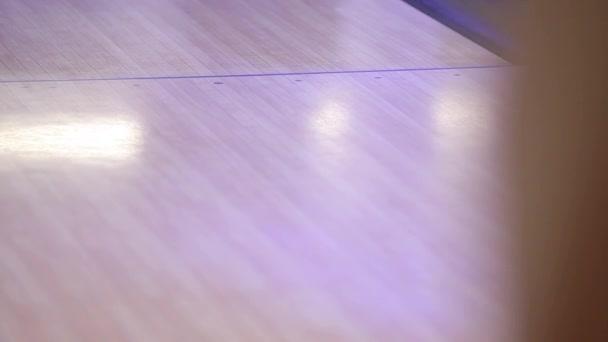 Bowling hra s míčem