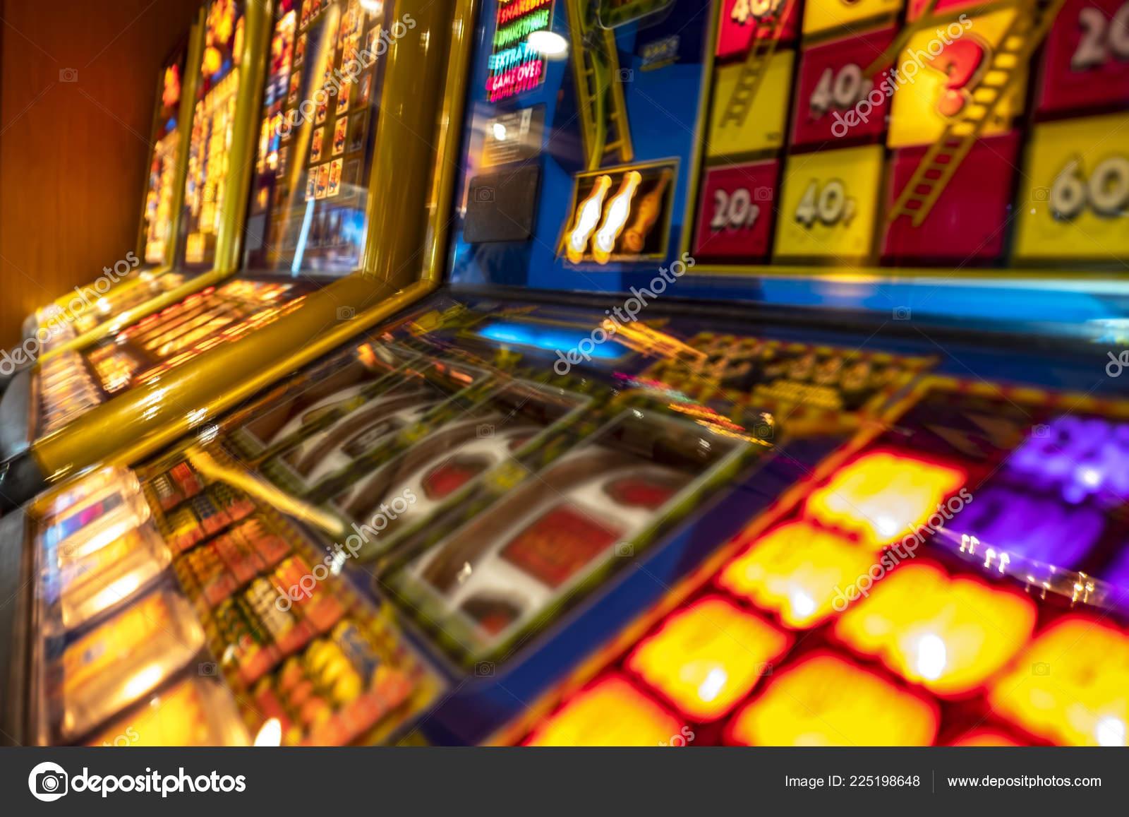 Играть в казино на play-ostrov