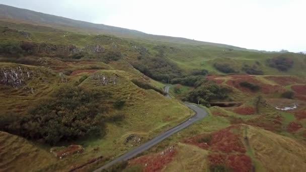 Vista aerea del Glen Fata da Uig - isola di Skye, Scozia