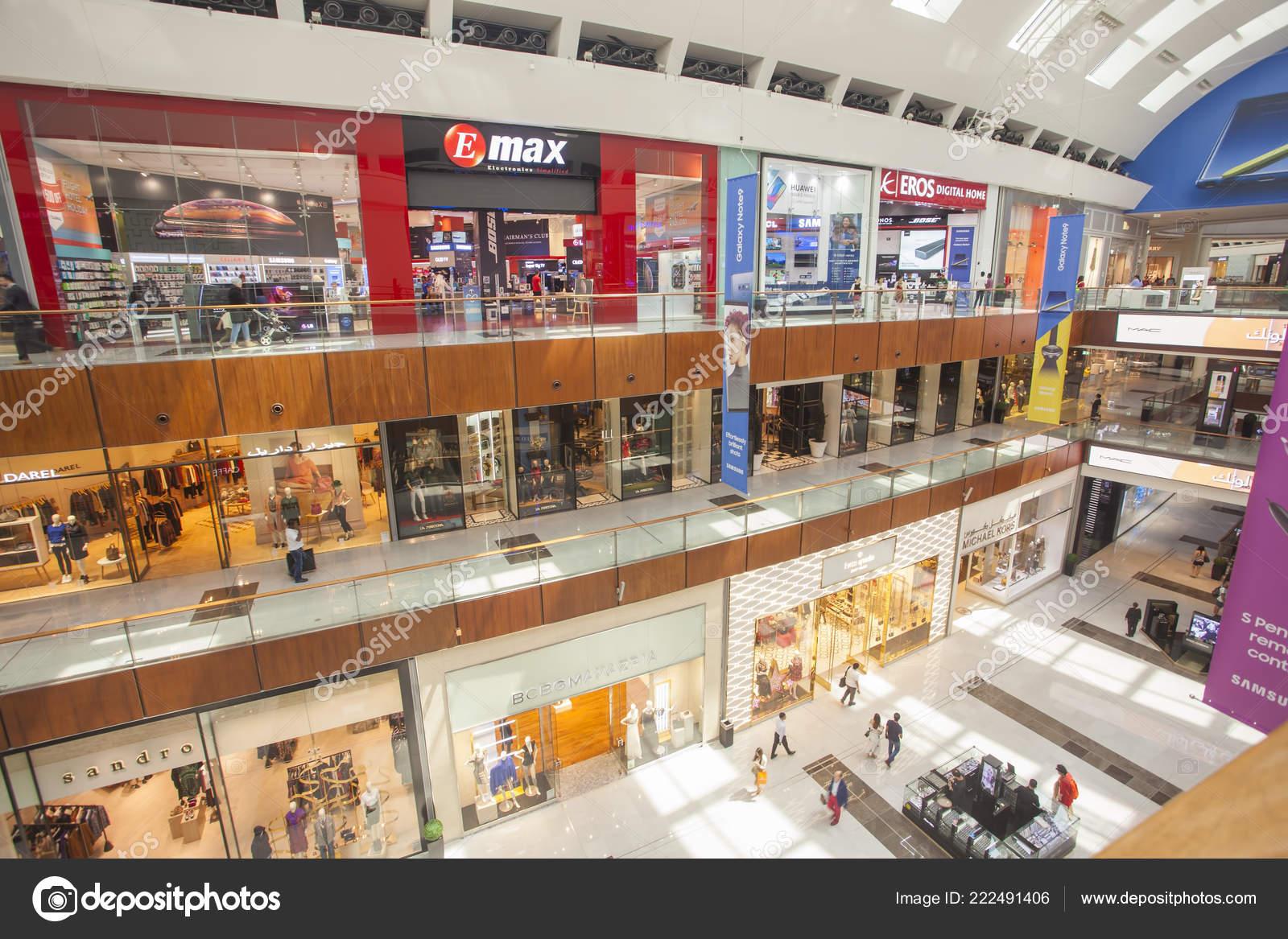Dubai Uae September 2018 Interior Dubai Mall Biggest Mall ...