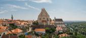 Panoramatický výhled do města Znojmo, Jižní Morava, Česká republika