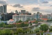 Photo Singapore cityscape along Singapore River at Robertson Quay