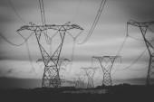 Fényképek Közelkép kép küldése villamosenergia-országra légvezetékek
