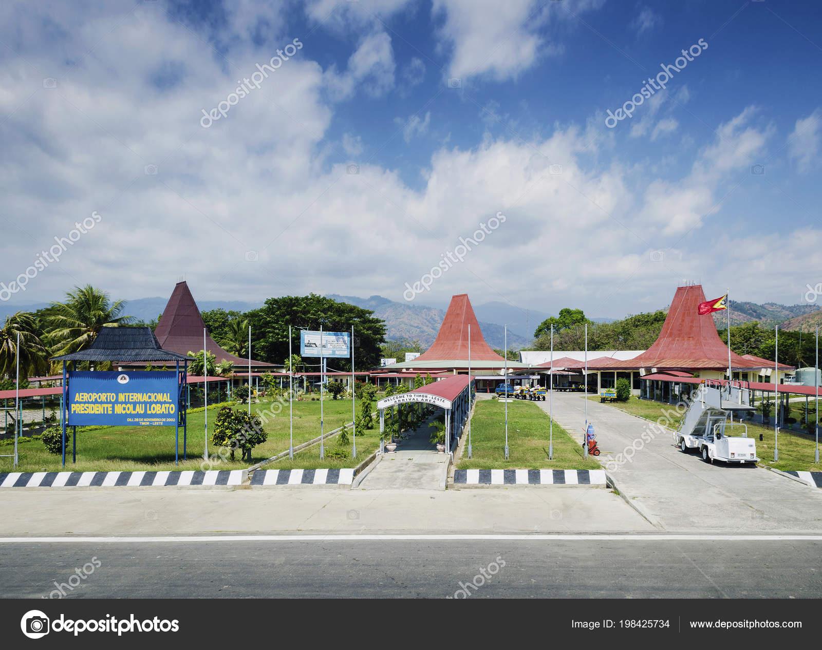 Aeroporto Dili : Exterior aeroporto internacional nicolau lobito dili timor leste