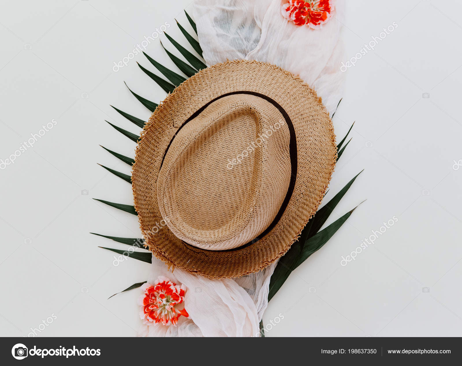 1d686ee08120e Minimal Flat Lay Background Hat Palm Leaf — Stock Photo ...
