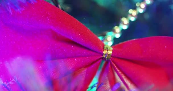 De Se Iluminación Quema Nuevo Año El Juguetes En Y Fondo Colgar Navidad Árbol nwkX0P8O