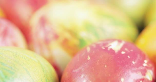 Multi-színes húsvéti tojás