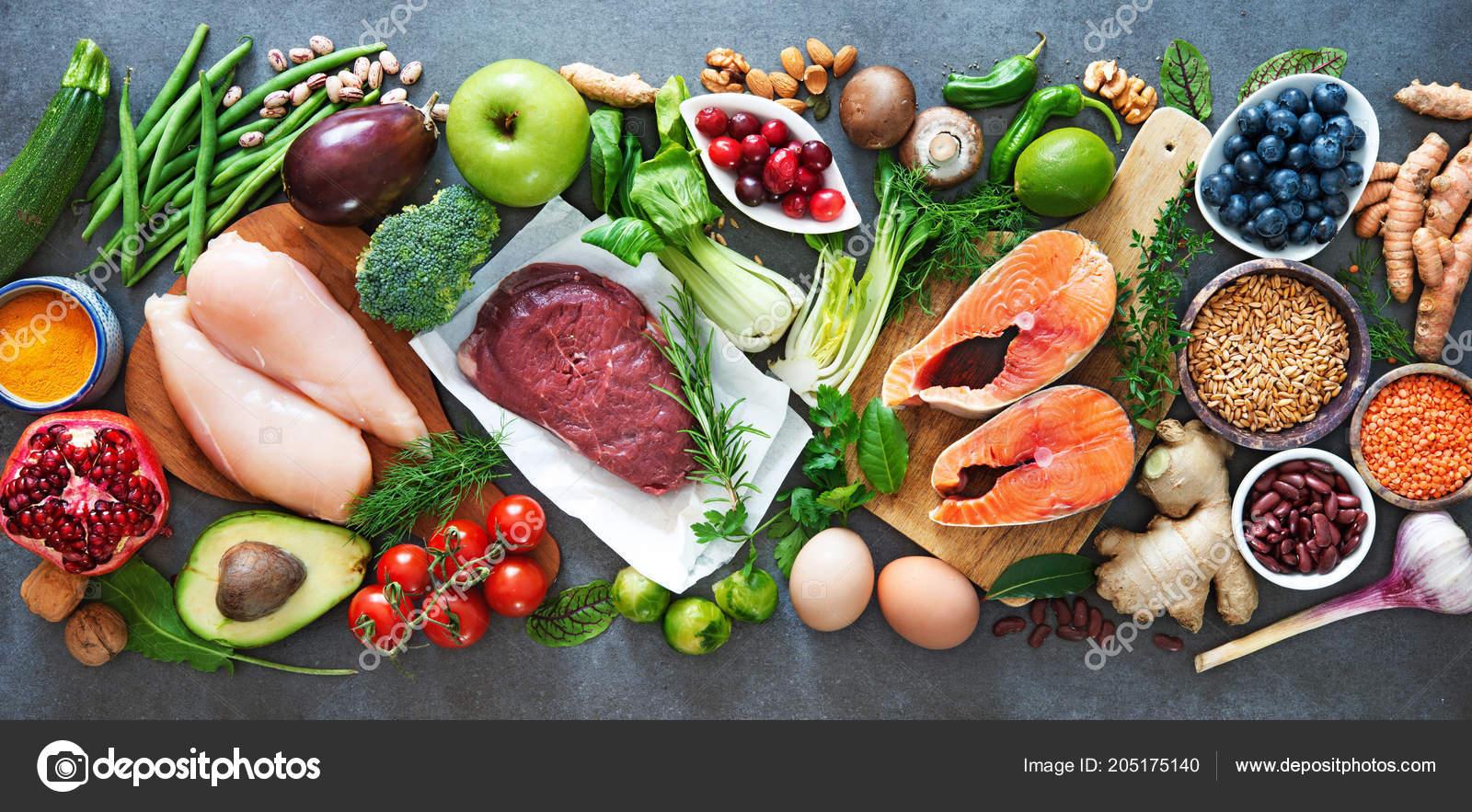 4d0f0fb7a47bd5 Збалансована дієта харчування фону. Органічні продукти харчування для  здорового харчування, суперпродукт, м'яса, риби, бобові, горіхи, насіння,  ...