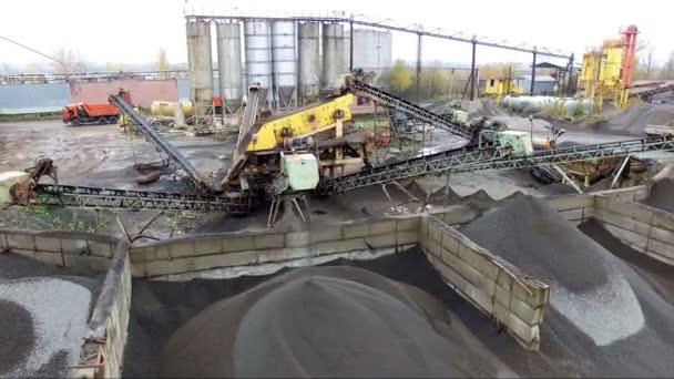 Luftaufnahmen von Asphaltbetonwerken